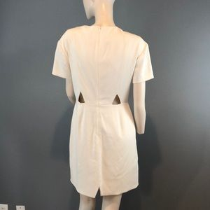 Rebecca Minkoff Dresses - NWOT Rebecca Minkoff Off White Mini Dress Sz 6